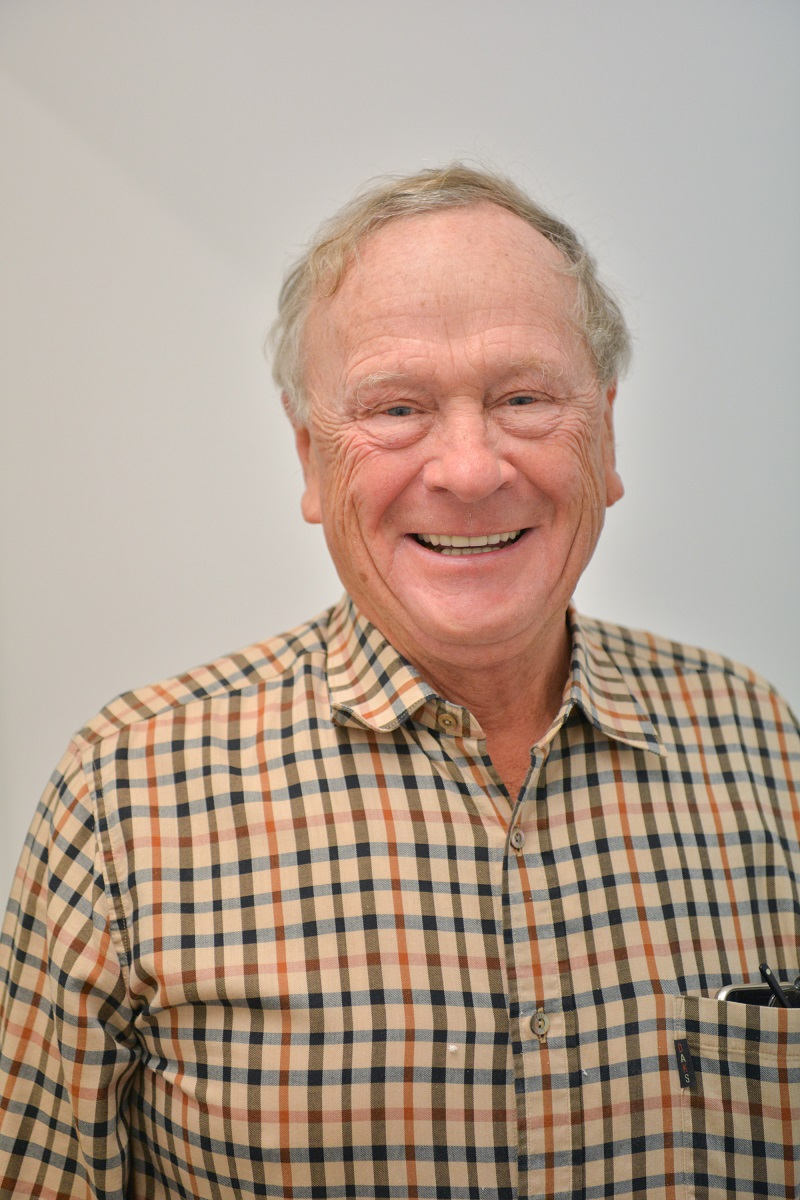 Dr Warren Crowther - Dentist in Goondiwindi   Dental on Bowen