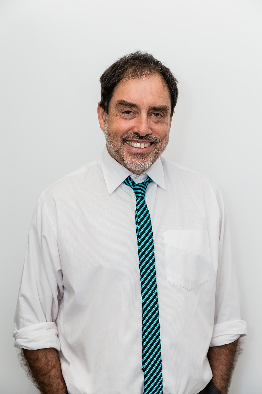 Dr Ken Gover - Dentist in Goondiwindi   Dental on Bowen